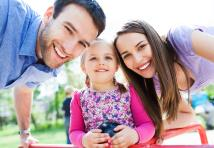 Mutuelle d'entreprise : faut-il inscrire son conjoint, ses enfants ?